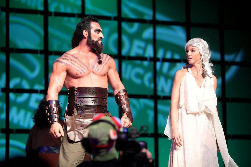Khal Drogo and Khaleesi cosplayers