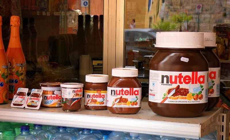 The Nutella Russian doll effect (Photo: flickr.com/photos/mecklenburg/)
