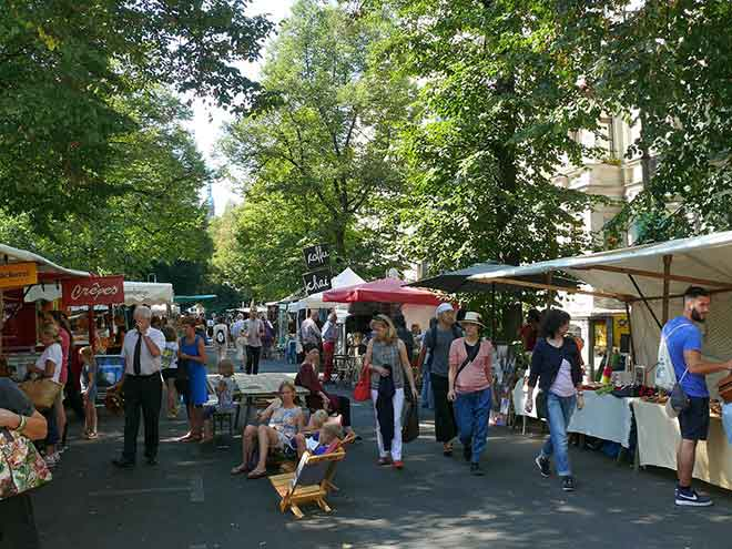 Bearpit Karaoke is a stone's throw from the Prenzlauer Berg flea market. (Photo: Wikimedia/Peter Kuley)
