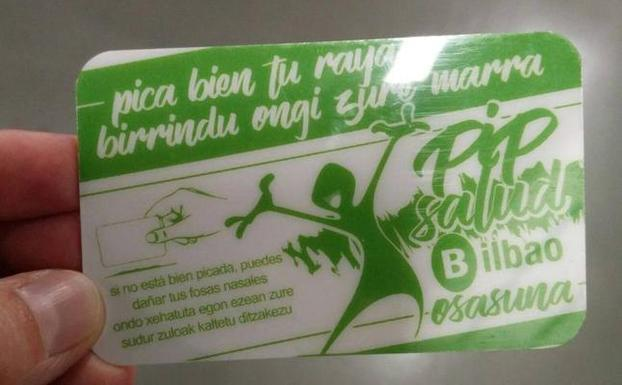 This cocaine crushing card was issued to cocaine users in Bilbao advising them of health risks. (Photo: El Correo)