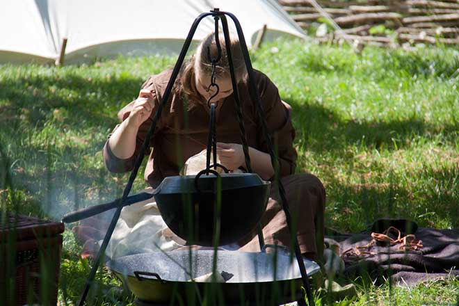 A viking girl would accompany her father to fairs and markets, not only to cook for him but to make her availability for marriage known. (Photo: Flickr/Hans Splinter)