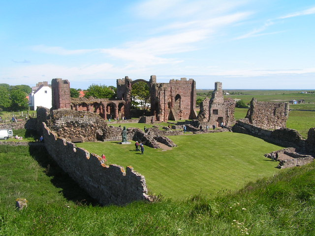 The ruins of Lindisfarne Priory. The Vikings first raided Britain in the summer of 793, sacking the monastery of Lindisfarne. (Photo: geograph.org.uk)