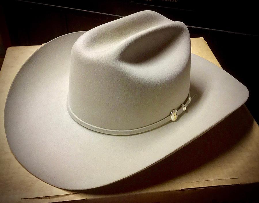 Stetson ten-gallon hat, early 21st century. (Photo: Wikimedia Commons/davidd)