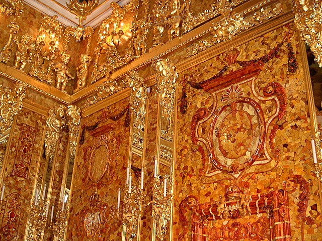 Reconstruction of the Amber Room started in 1979 with the last amber panels installed May, 2003. The new Amber Room is located in the Catherine Palace in Tsarskoye Selo , 30km to the South of Saint Petersburg. (Photo: Wikimedia/jeanyfan)