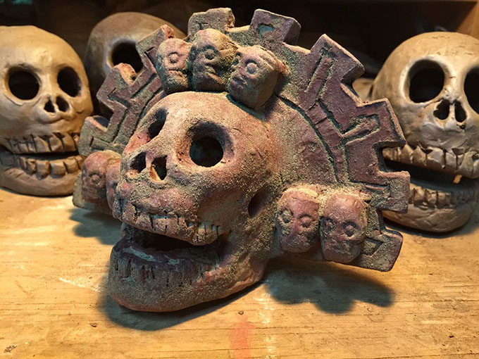 Aztec death whistles have come under a great deal of scientific scrutiny, especially by Roberto Velázquez Cabrera, a mechanical engineer, who has studied the terrifying sound that the whistles generate when blown. They contain two separate air passages that cause opposing air streams to collide, thus producing the eerie noise. (Photo: Imgur)