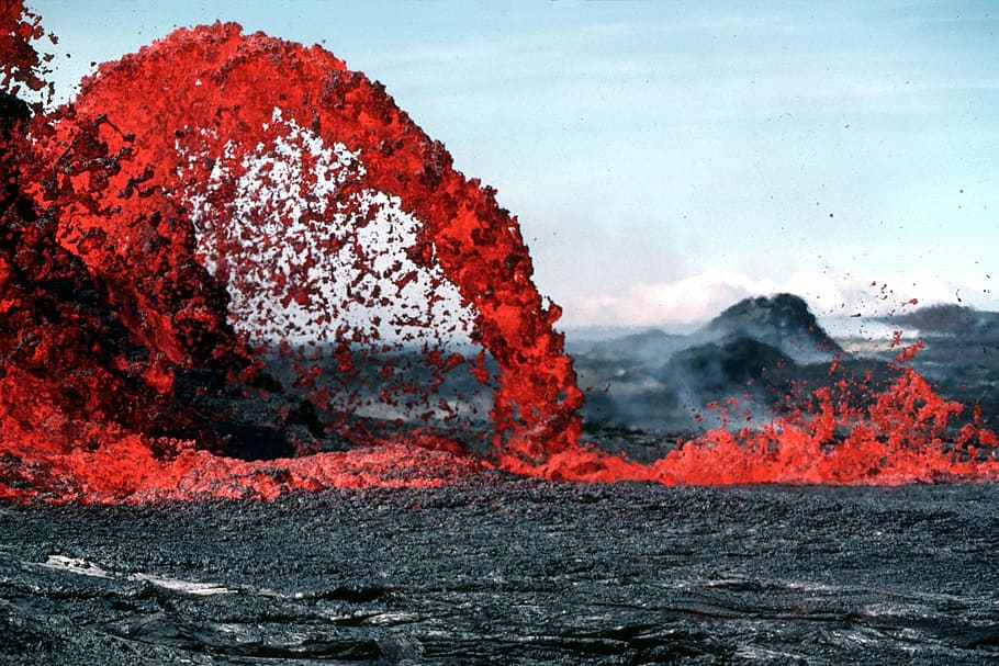 The sound made by the Krakatoa volcanic eruption was so loud it ruptured the eardrums of people dozens of miles away. (Photo: WallpaperFlare/juliette lavoie)