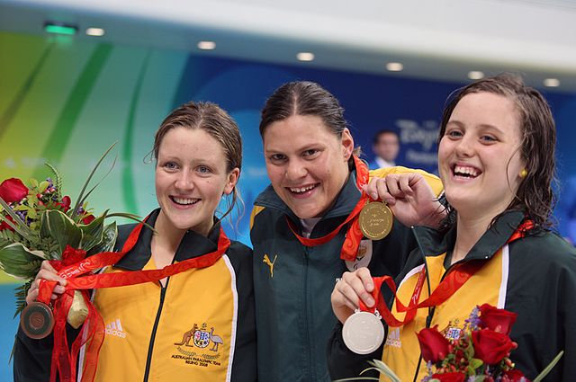 It wasn't until 2008 that another competitor with a prosthetic leg would compete in the Olympics again. Natalie Du Toit (centre) was one of two Paralympians to compete at the 2008 Summer Olympics in Beijing; the other being table tennis player Natalia Partyka. (Photo: Wikimdia/Heath Campanaro/)