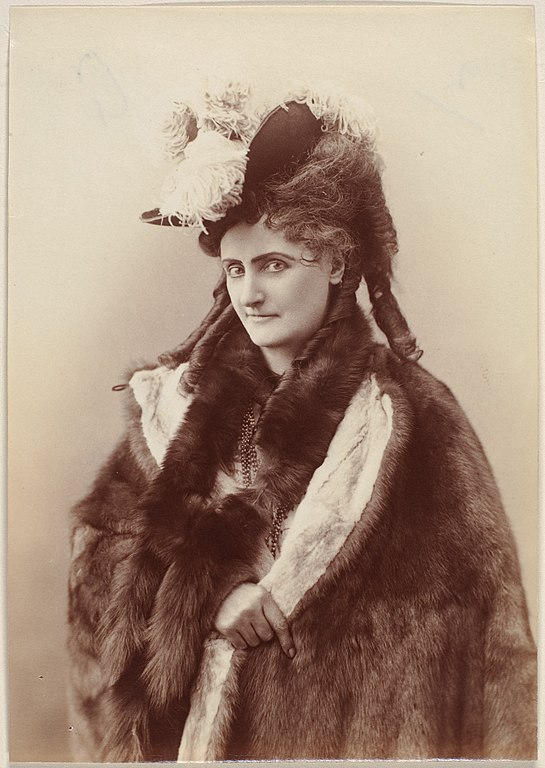 La Castiglione photographed in 1895, aged 58, four years before her death in 1899. (Photo: Wikimedia/Gilman Collection)